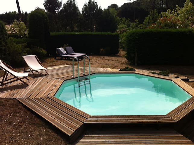 House with a swimming-pool - Vielle-Saint-Girons - Huis