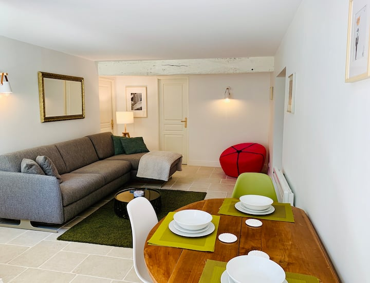 Gîte 50 m2, terrasse et jardin, 25min des plages