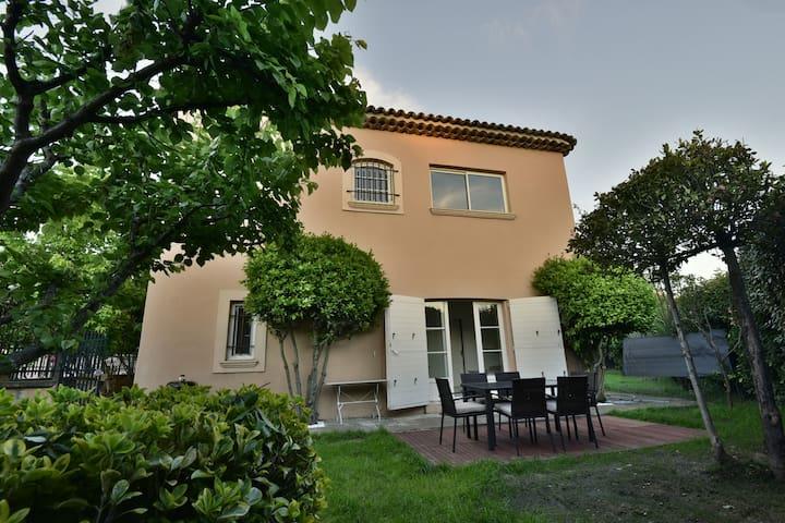 Appartement bastide in Puyricard, Aix en Provence