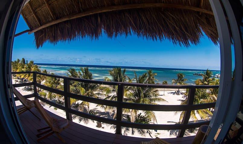 Mahahual Beachfront Condo (2nd Floor) BEAUTIFUL