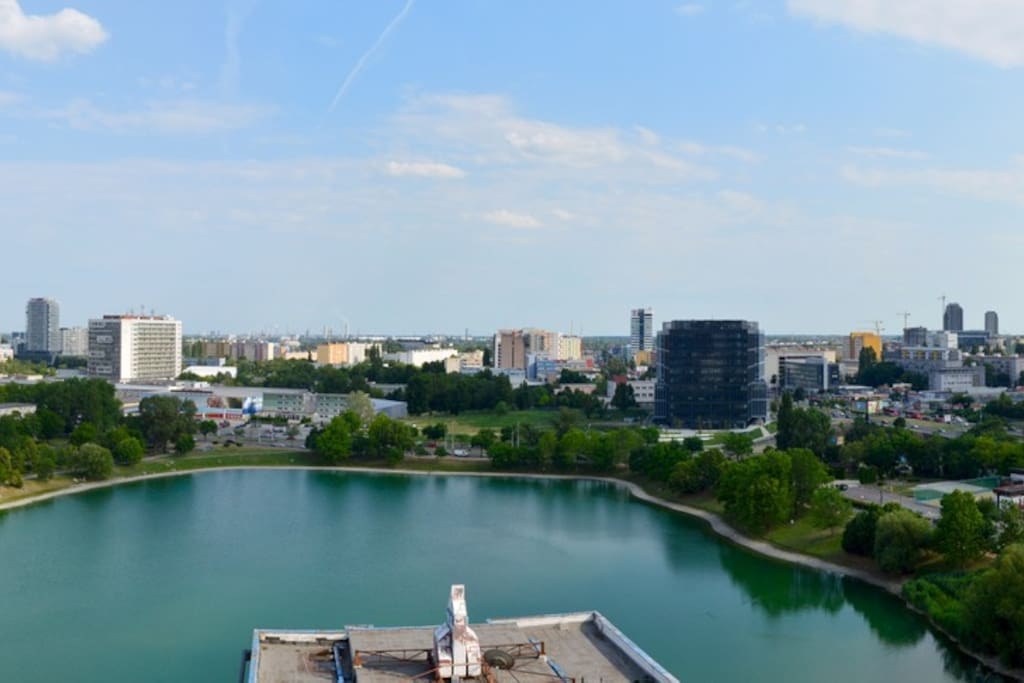 Panoramic view on the lake and city from the spacious terrace
