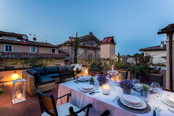THE LUCCA TERRACE APARTMENT