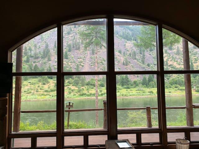 Luxury River Cabin