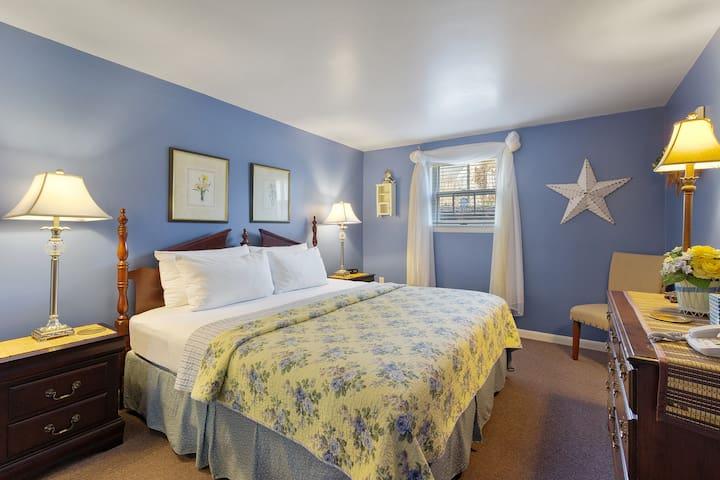 Cottage East King Bedroom.
