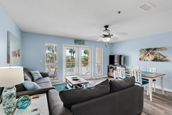 heated pools/deeded beach access/self check in