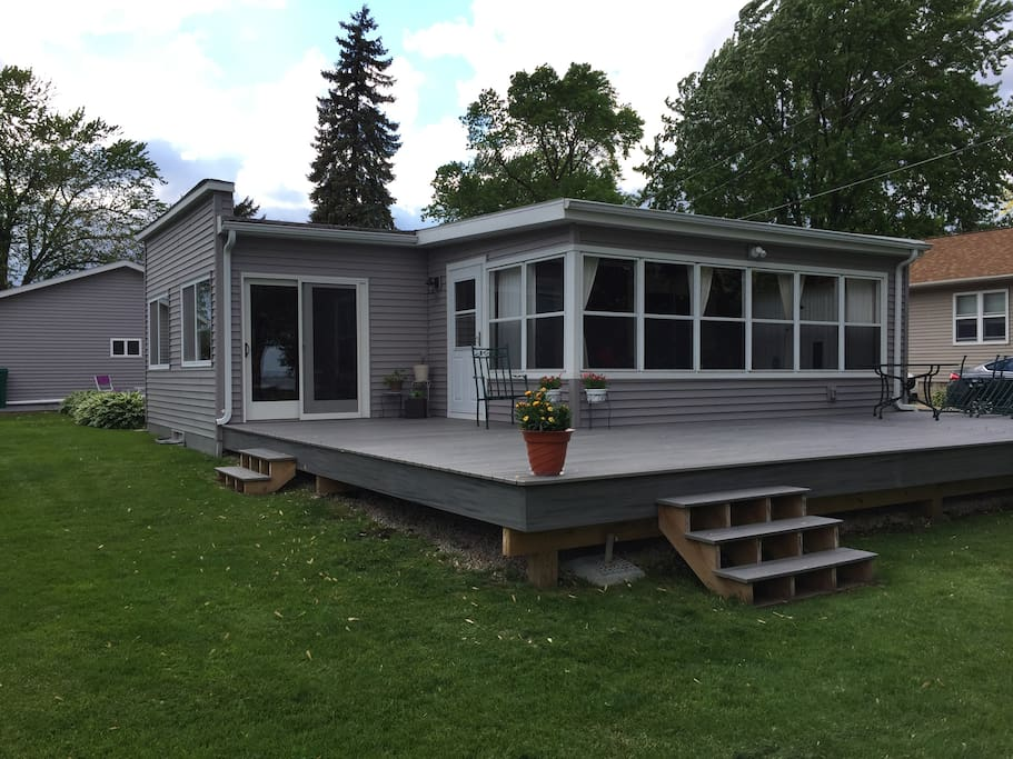 Front porch and deck overlooking beautiful Lake Winnebago