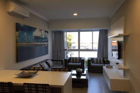 Apartamento novo, com churrasqueira, em Xangri-la. - Xangri-Lá - Appartamento