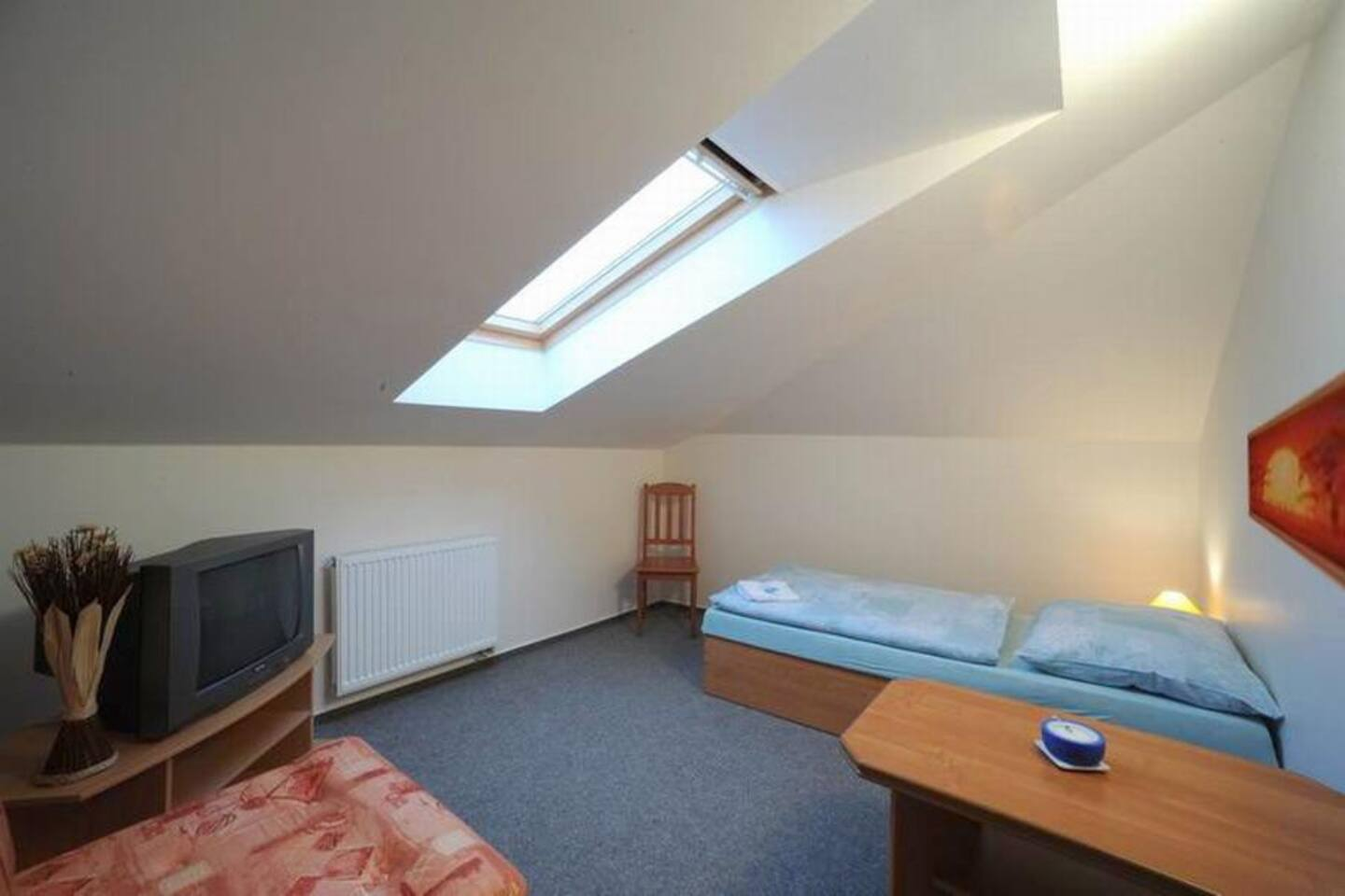 nice, cleaned and comfortable room for 1 person