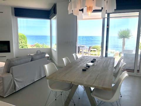 (44) Beachfront house in Miraflores, Mijas