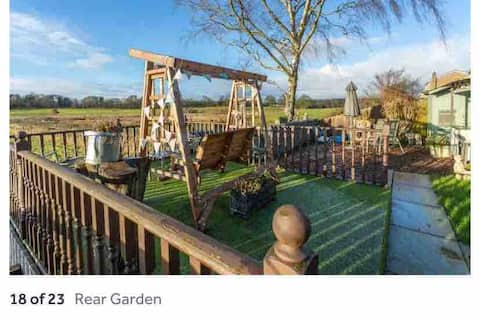 Large family home  countryside access, great views