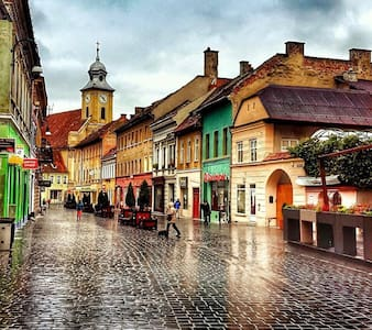 Lovely apt. 4 pers. Old City Center - Brașov