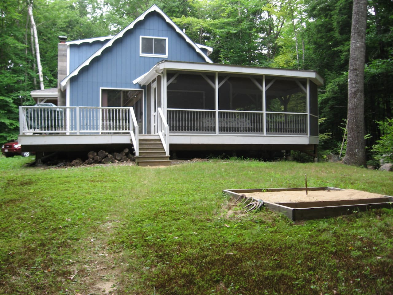Chalet in Woods on Long Lake with private dock