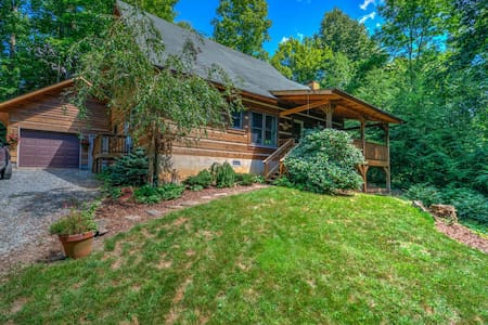 Laurelwood Log Cabin - Serenity in the Mountains - Boone - Cabaña