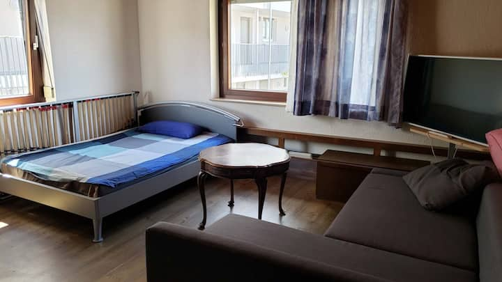 Room5 near Main Station Metzingen center outlets