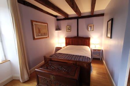 Papillon double bed (in a triple room) at Le Moulin de Pensol.