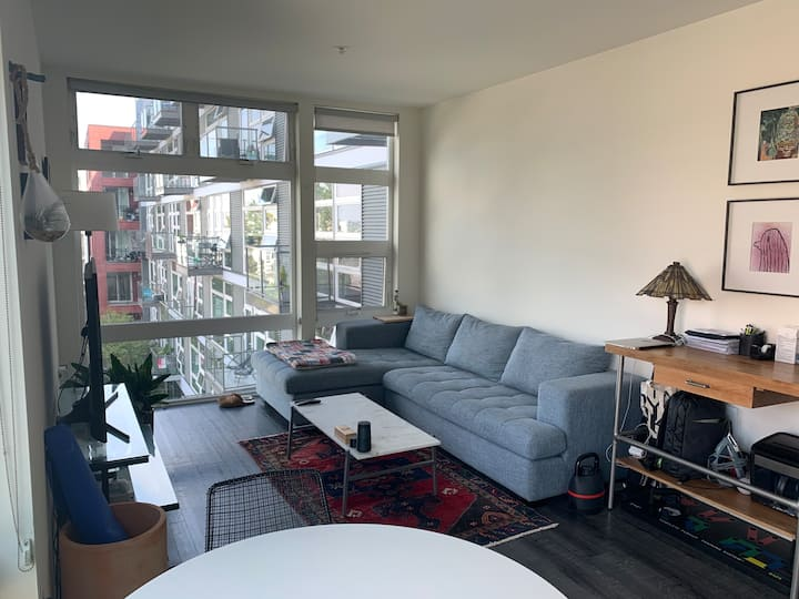 Corner Unit in the heart of Capitol Hill
