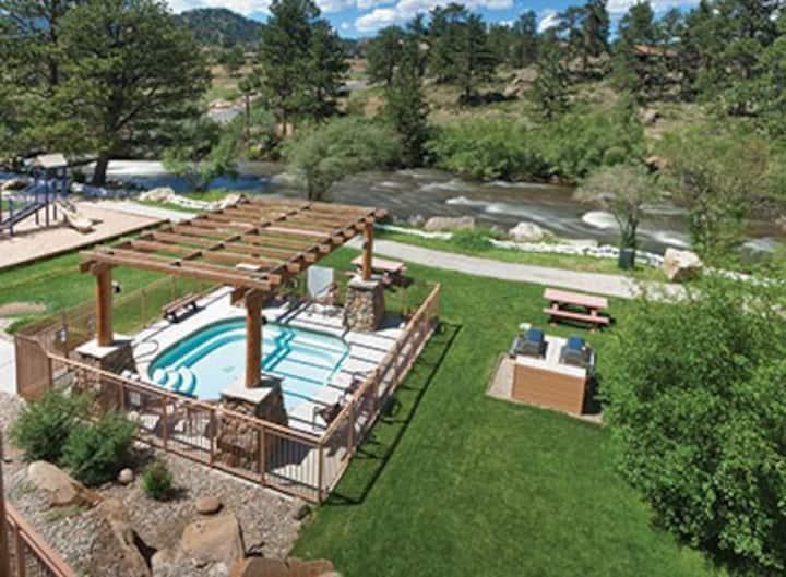 Studio Condo in Beautiful Resort - Estes Park