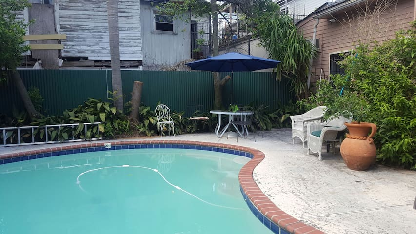 NOLA Shotgun With Private Pool