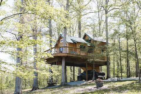 Serenity House~ a treehouse