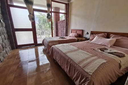 Traditional Lalibela apartment with Garden