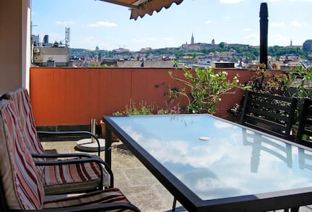 CHARMING APT/BIG PANORAMA TERRACE - Budapest - Apartment