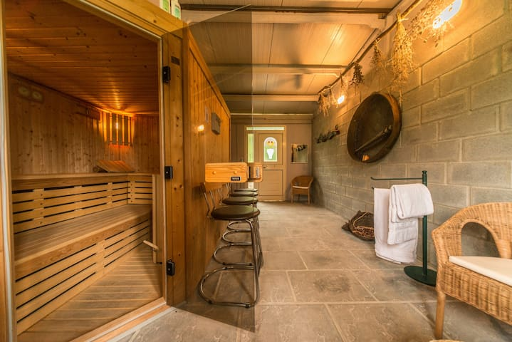 Our sauna room in the vineyard offers you a beautiful sight into the vineyard.