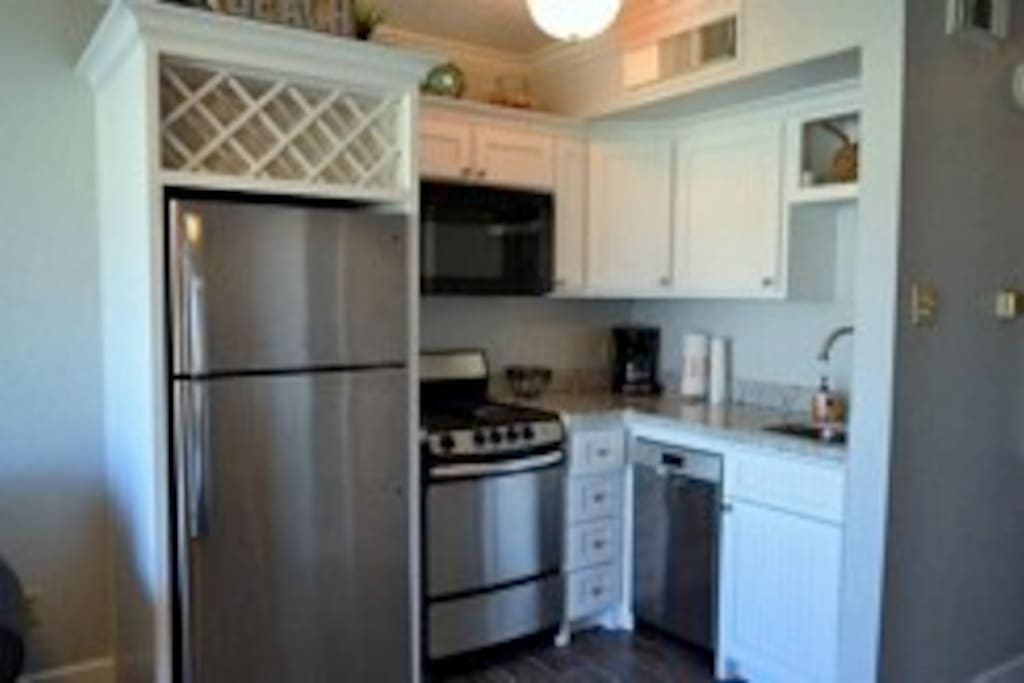 full size fridge, oven and dishwasher
