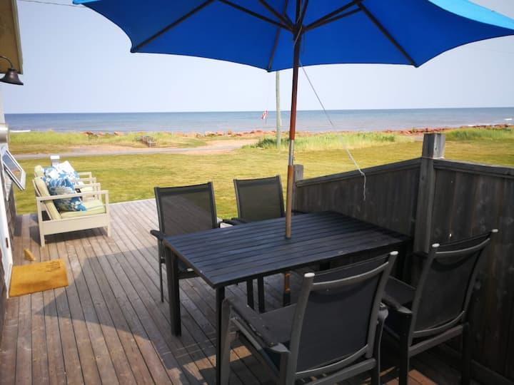 Savage Harbour Beachfront Cottage