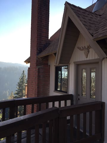 Stylish cabin with gorgeous views - Lake Arrowhead - Dom