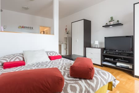 Studio apartman Kika 1 *** + private P