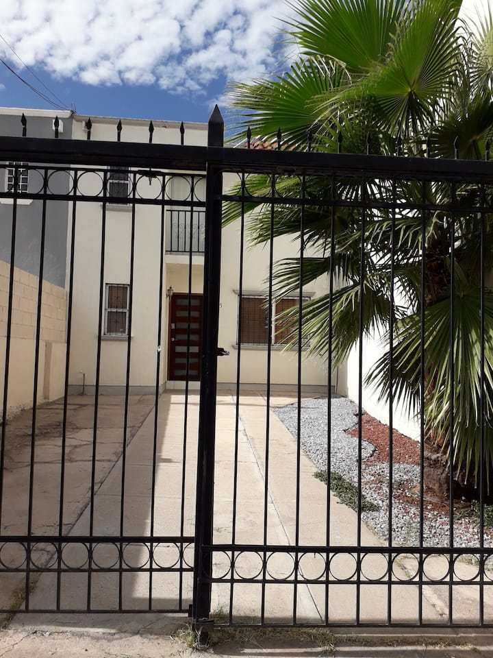 Casa Ave Fenix
