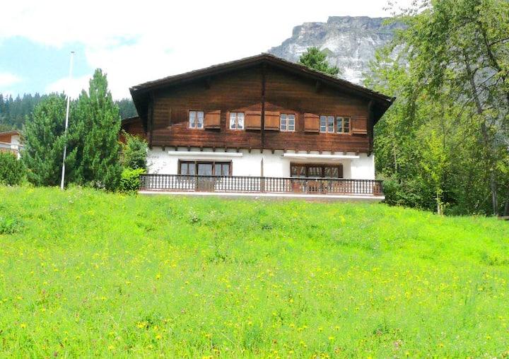 Casa Curnaglia - Ferienhaus mit toller Aussicht