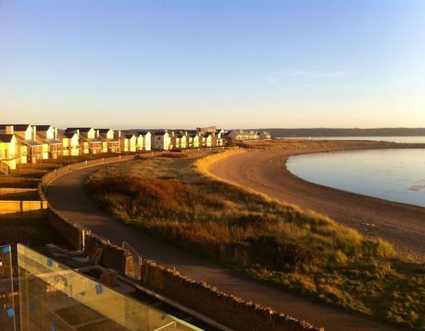 Large Room in Beach Property at Machynys Bay