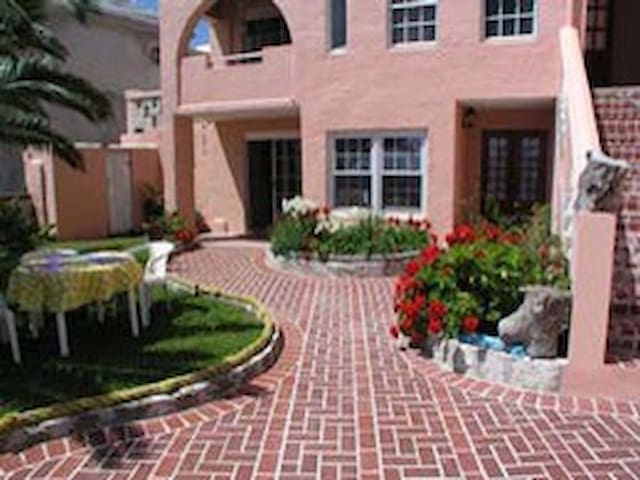 Rainbow  runner unit 1 - Somerset Village - Apartamento