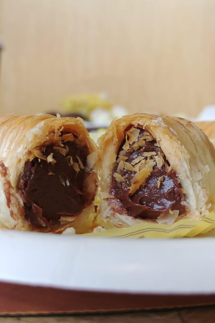 Chocolate stuffed baklava