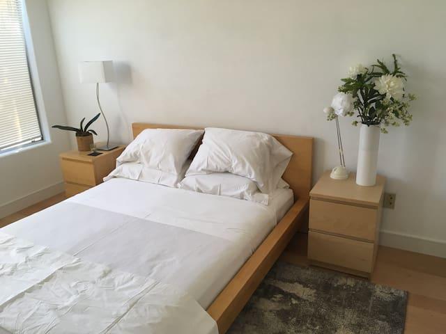 Private Room in Carmel Valley