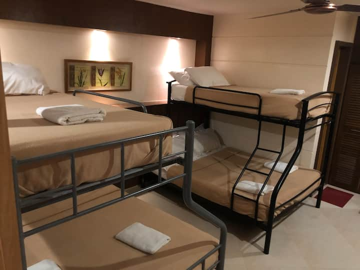 Superior Family Room (201) (4-6 persons)
