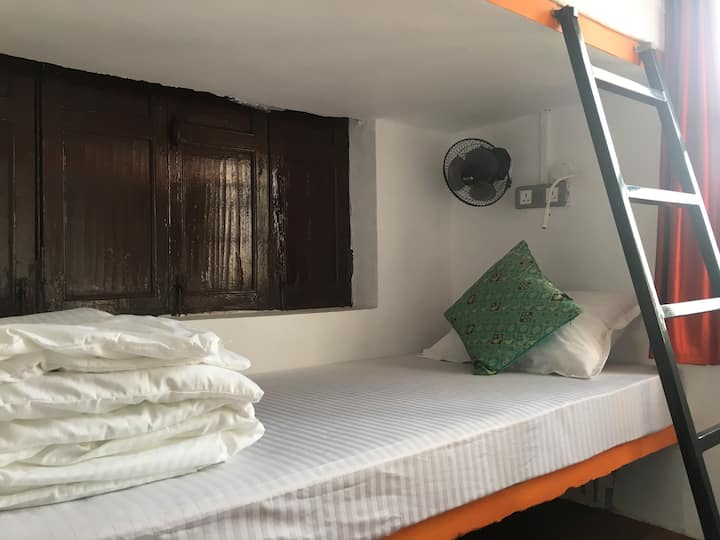 8-Bed Mixed Dorm in Cohostel, Hippie Lane