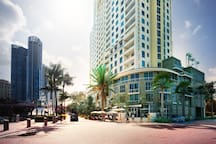 Luxury Las Olas River Front Apartment