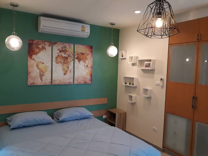 Cozy and Convenient Studio Loft near ICONSIAM
