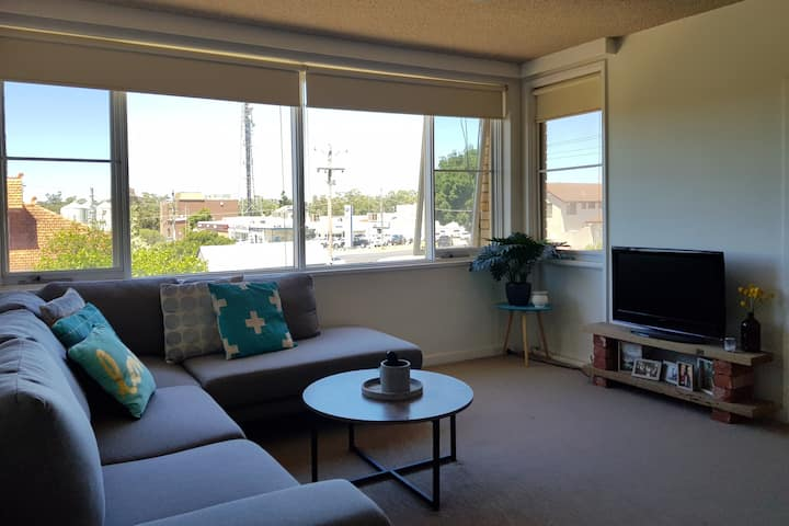 Spacious Apartment in Swan Hill CBD