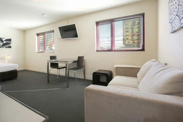 Executive Studio Apartment 24