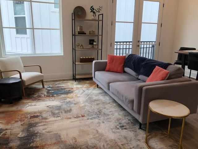 BEST location in Downtown Woodstock Luxury Condo