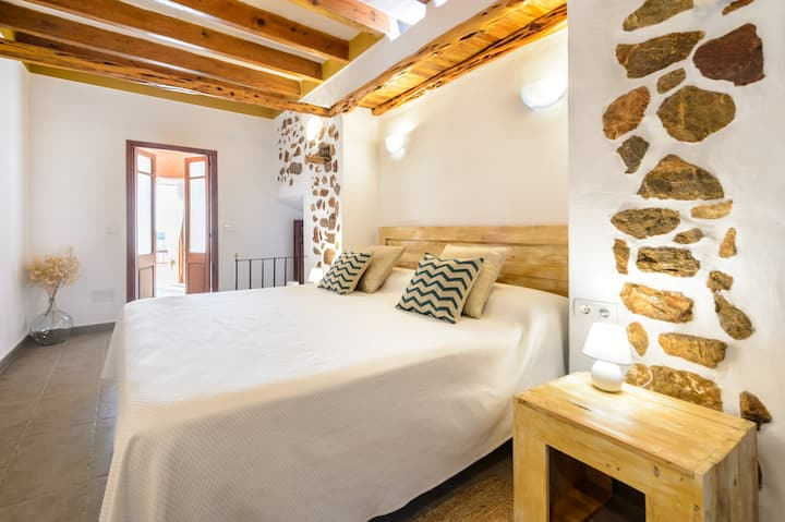 OLIVO AGROTURISMO CAN PRATS