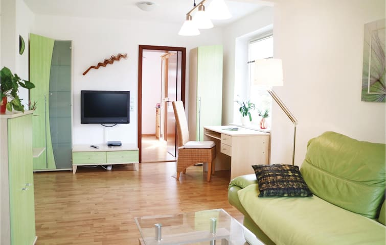 Holiday apartment with 1 bedroom on 54m² in Börgerende
