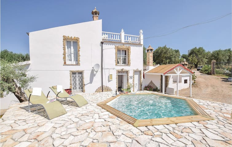 Holiday cottage with 5 bedrooms on 200m² in Pisticci