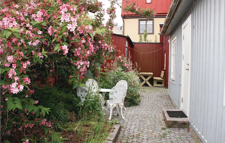Holiday cottage with 1 bedroom on 35m² in Karlskrona