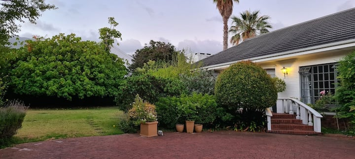 Large Home in the Leafy Suburb of Constantia