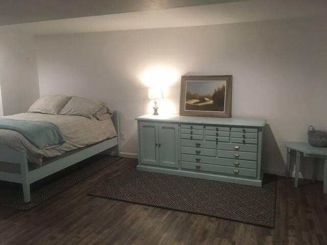 Clean, spacious basement near Marshfield Clinic