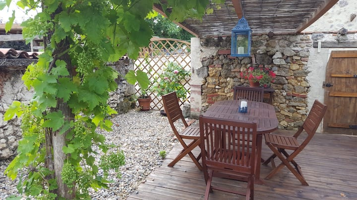 Quaint holiday home ,sos.aquitaine,lot et Garonne